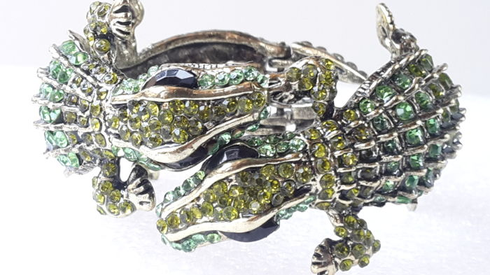 Kenneth Jay Lane - Double green Alligator Bracelet