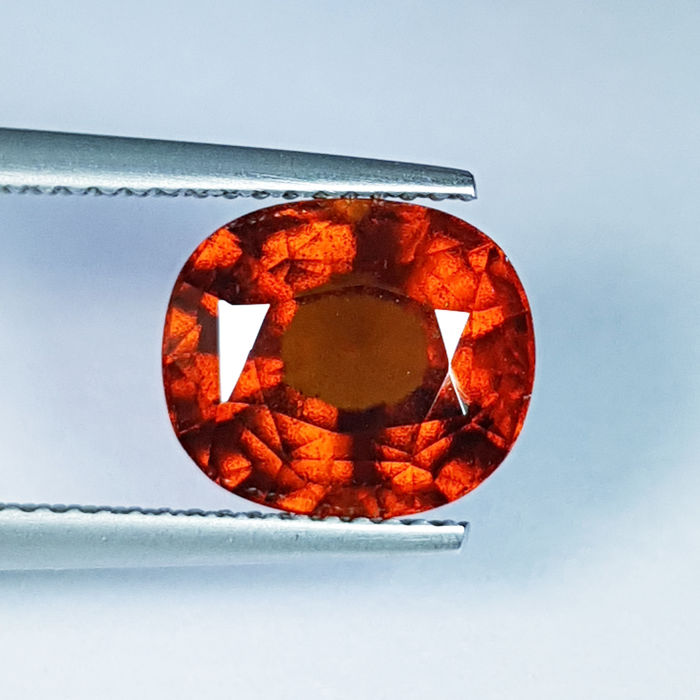 Hessonite Garnet - 5.76 ct