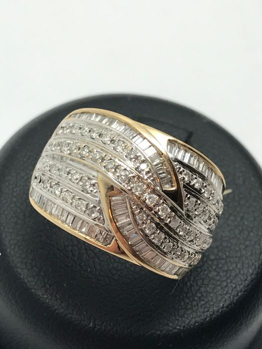 Gold - Ring - 2.50 ct
