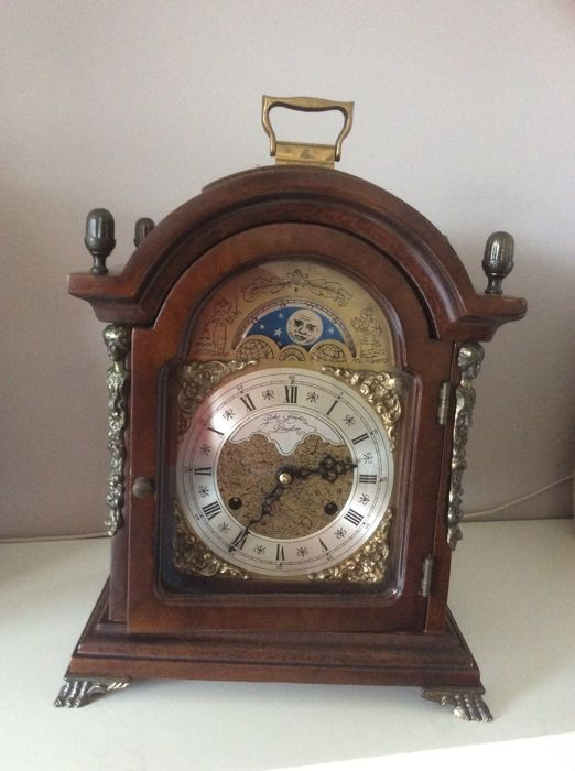 English burr-wood table clock - John Thomas London - circa 1970