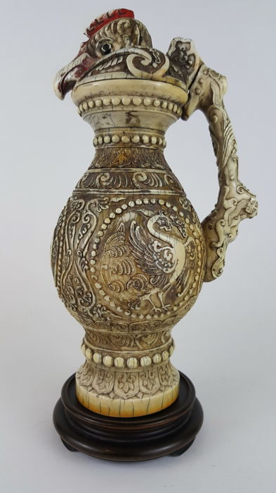 Magnificent Mammoth Ivory Phoenix jug - China - Early 20th Century