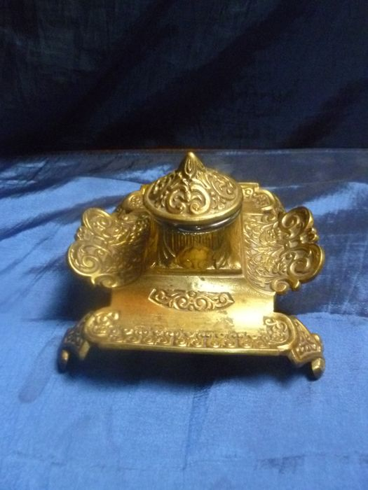 Gorgeous Gilded Bronze Inkwell- Signed And Numbered - 19th Century
