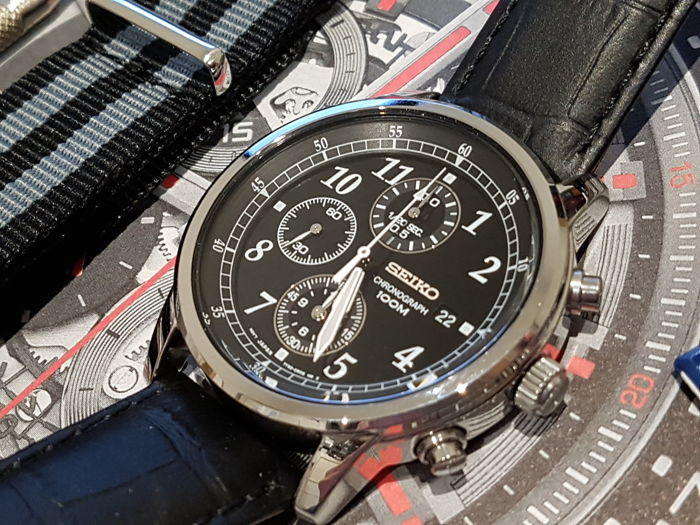 Seiko - Seiko chrono 100 Army style + free omega james bond style strap  - Heren - 2019