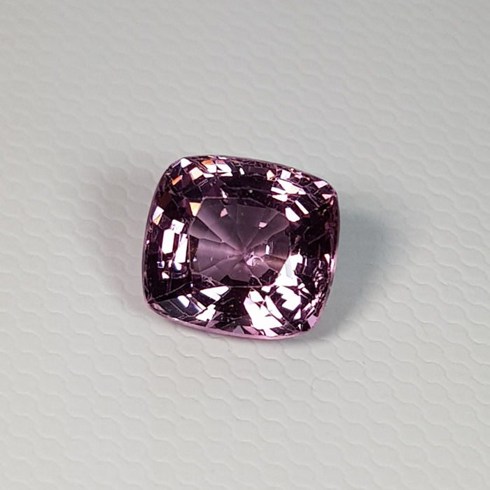 Purple pink Spinel - 2.39 ct