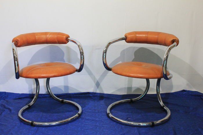 Tecnosalotto - Pair of leather armchairs