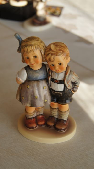 Goebel, Hummel 449 - Collector Club The Little Pair-10 Year Club Membership Piece