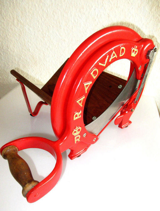 Antique RAADVAD Cutter / Bread Slicer - Danish Design - no. 294  - red - Vegetable Fruit Cutting Board Guillotine Slicer Blade in wood and cast iron
