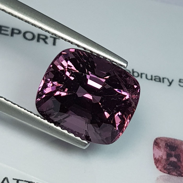 Spinel  - 6.72 ct