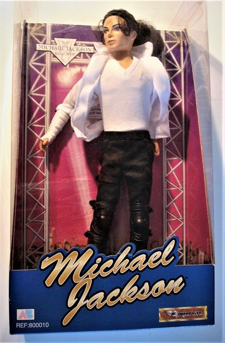 Nib Michael Jackson Doll Street Life By Ab Toys Collectible Memorabilia Doll With 13 Original *Moonraker* Lobbycards