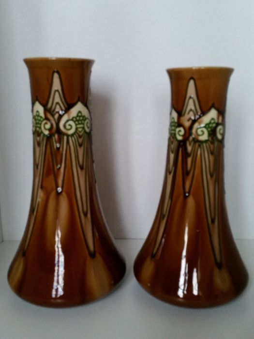Minton Pottery - A pair of Secessionist vases