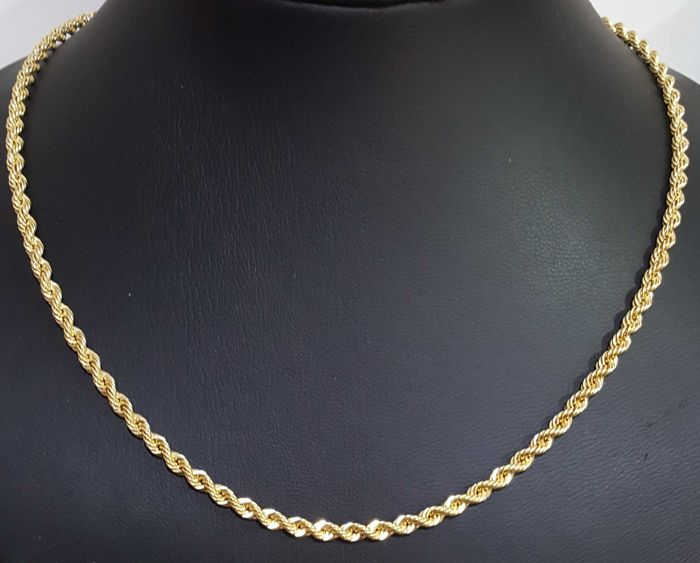 Cord of 18 kt gold. 3.5mm. 60cm long