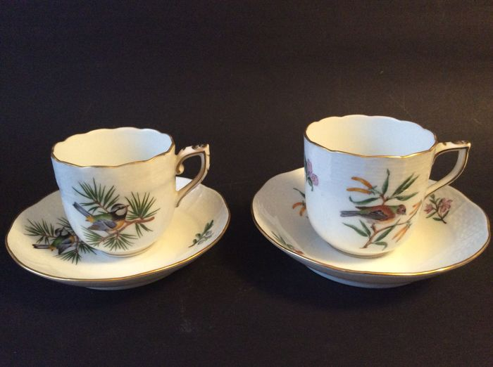 Herend Rothschild, 2 porcelain cups/saucers with scalloped edges