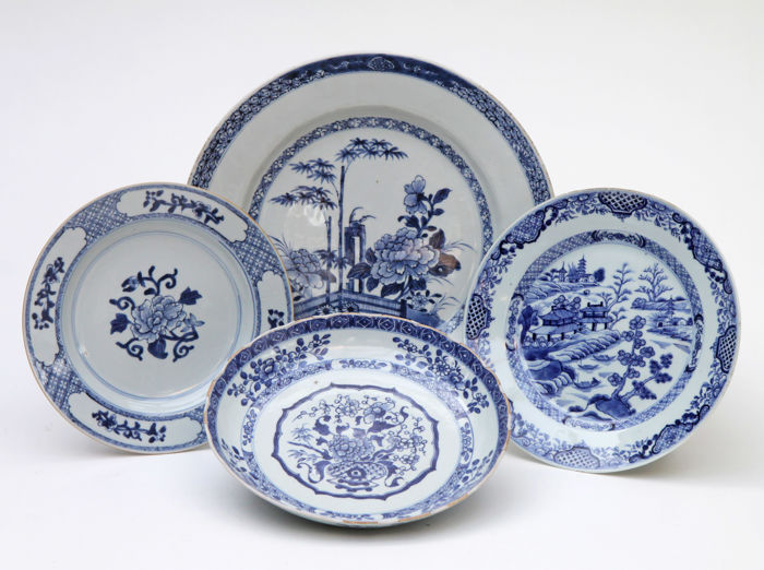 4 x antique Chinese blue & white porcelain export plate - China - 18th century