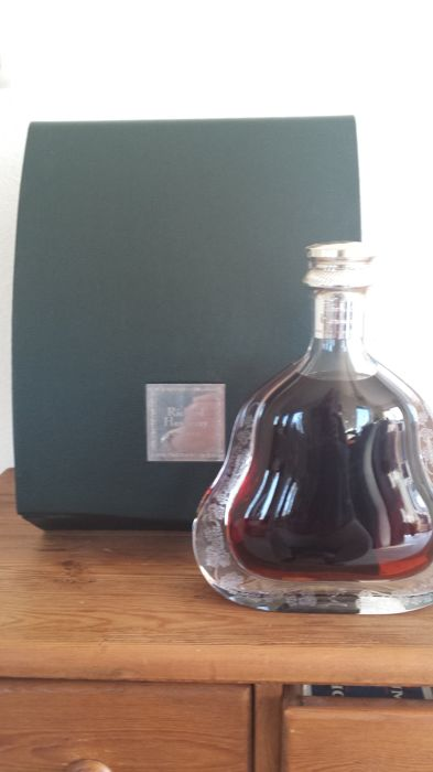 Richard Hennessy Cognac Crystal Decanter (old presentation)