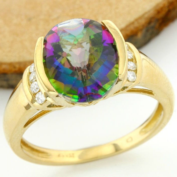 No Reserve Price - 14 kt Yellow Gold 6.50 ct Mystic Topaz, 0.08 ct Diamond Ring; Size: 7