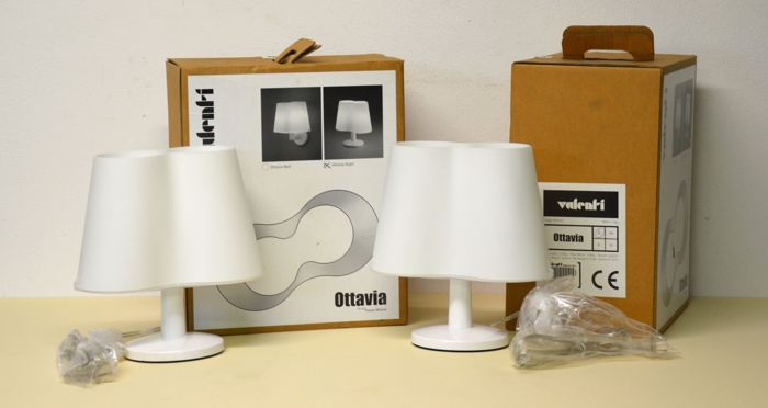 Franco Mirenzi for Valenti - pair of table/nightstand lamps - Model: Ottavia