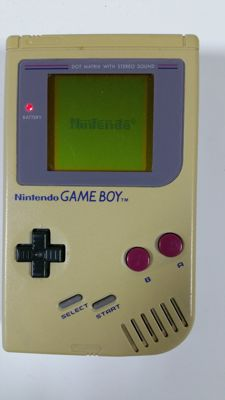 Nintendo Gameboy with 13 games.