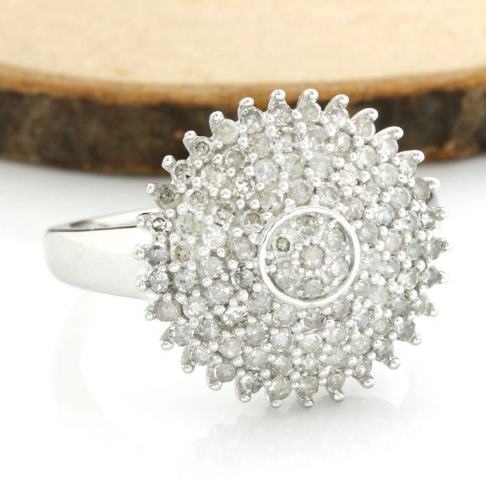 14 kt White Gold 1.02 ct Diamond Ring; Size: 7