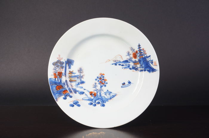 Blue and white porcelain plate - China - late 18th century