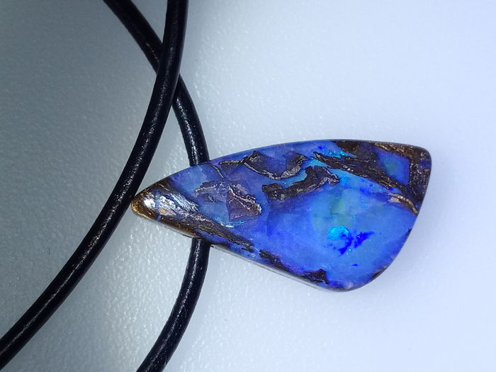 Fine Quality Flashy Blue/Green color - Untreated 100% Natural Australian Boulder Opals Fancy  Pendant - 11.4 ct