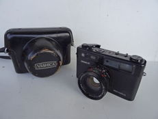 Camera Yashica Electro 35 Professional – black housing – lens Yashinon 1.7/45 mm