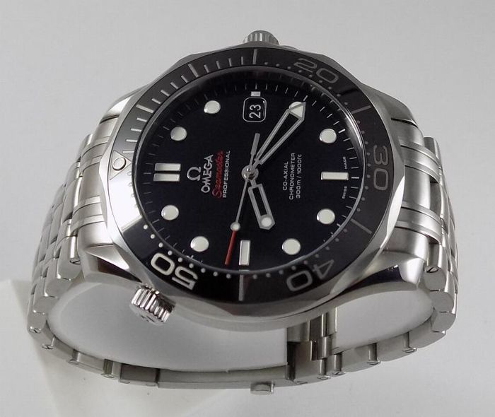 Omega - Seamaster Professional Co-Axial - cramic.bezel_Black - 212.30.41 - Men - 2000-2010
