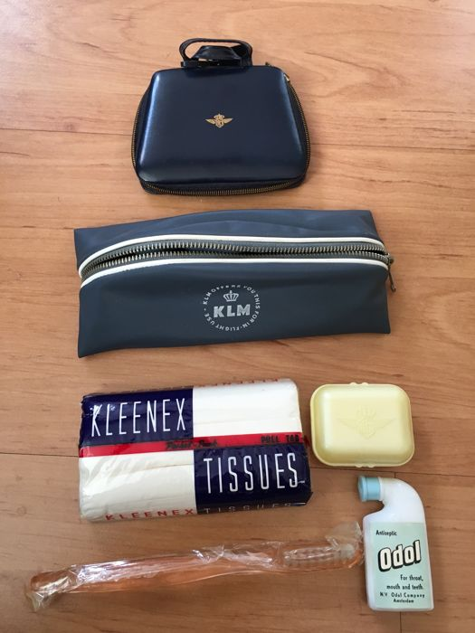 KLM 1st class travel pouch from 1961