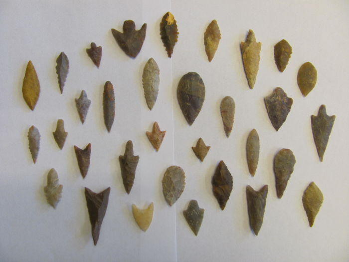 Neolithic arrowheads - 18/45 mm (32)