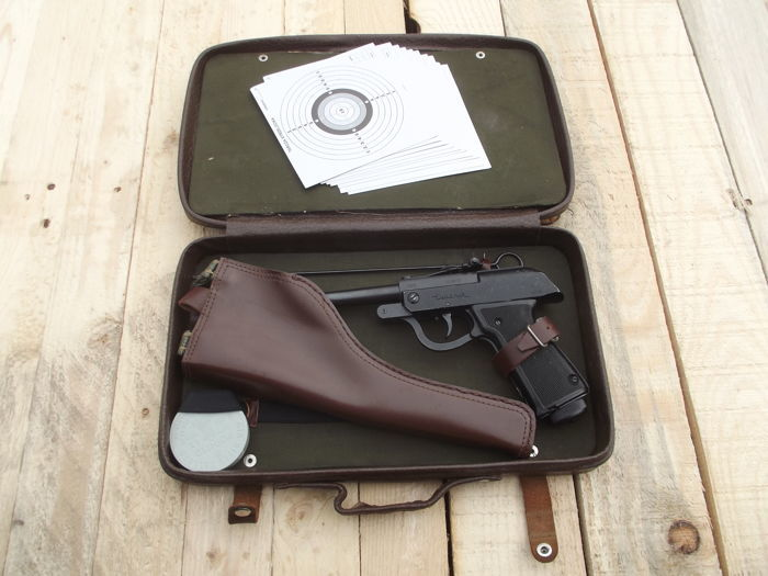 Air Gun LUCZNIK WZ.70 - everything is complete, which is rare + case, holster, ramrod, shotgun, shooting targets