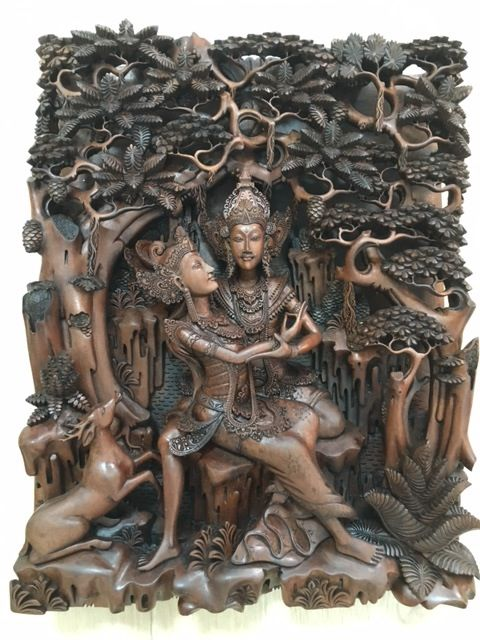 Superb wooden panel (signed Ardita) of Rama and Sita, Bali - Indonesia - 2nd half of the 20th century (46 cm)