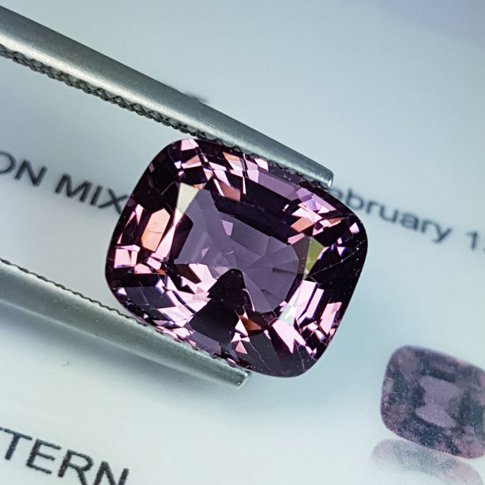 Spinel  - 4.82 ct
