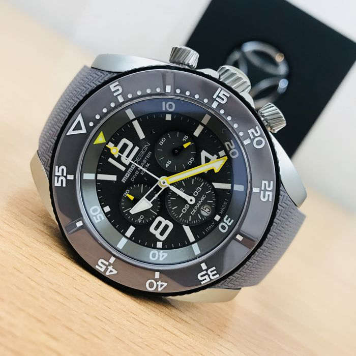 MomoDesign - Diver Master Sport Swiss Chronograph - Hombre - 2011 - actualidad