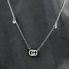18 kt white gold necklace by Gucci, length: 42 cm