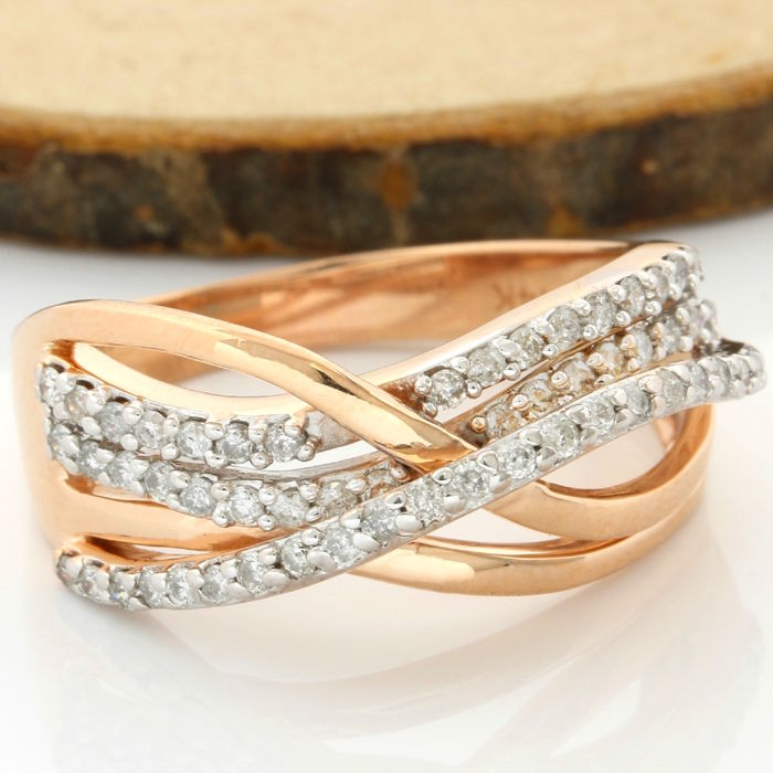 14 kt Rose Gold 0.75 ct Diamond Ring; Size: 9
