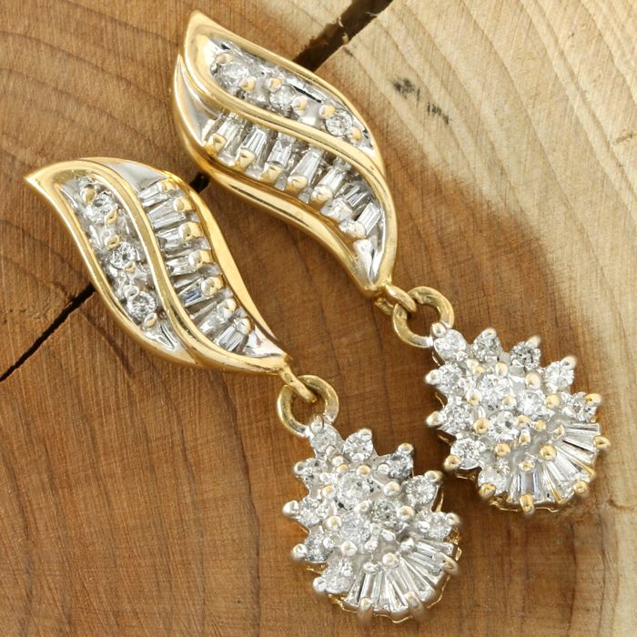 14k Yellow Gold Earrings Set with 0.75 ct Diamond