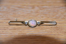 22k Gold bar brooch with Rainbow Opal and 2 clear stones
