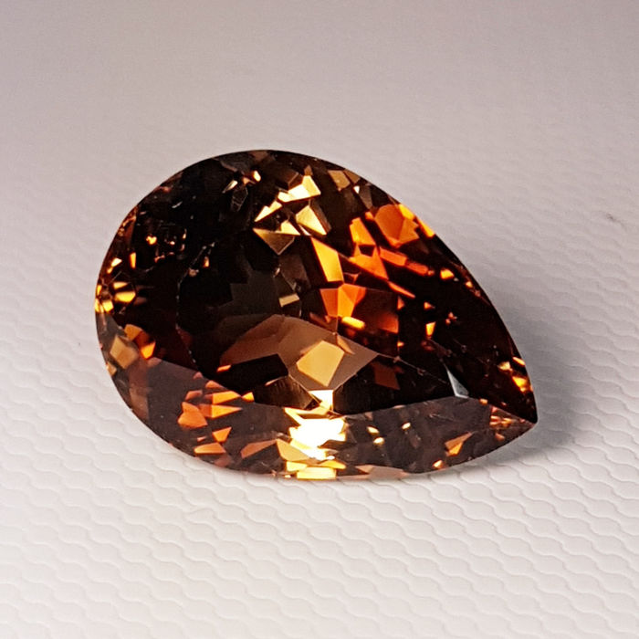 Brown Topaz - 12.31 ct
