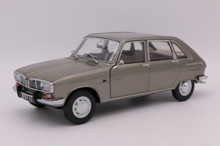 Norev - Scale 1/18 - Renault 16 - 1968 - Colour: Grey Mettalic