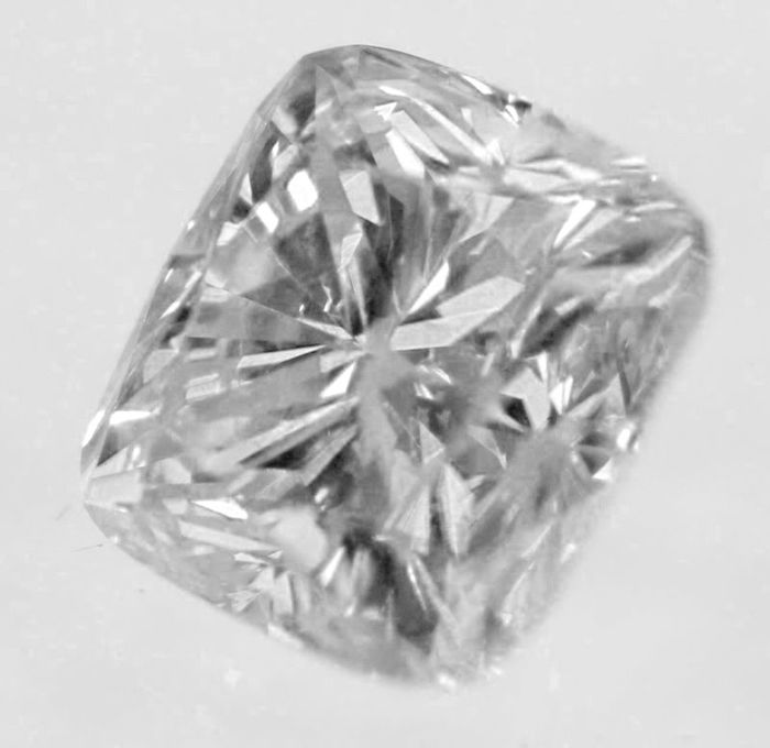 Diamond – 0.50 ct F VS2