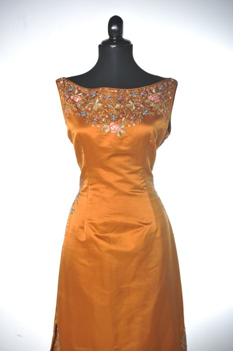 Eavis & Brown London - evening gown
