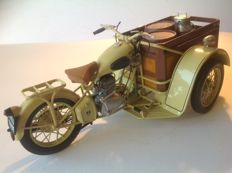 Solido - Scale 1/10 - Peugeot delivery tricycle 55 TN de 1952