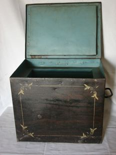 Faux bois painted metal money box/floor safe with handles - late 19th century