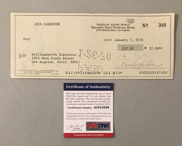 Curious bank check issued by Ava Gardner with the signature of the mythical actress, from 1970 with COA