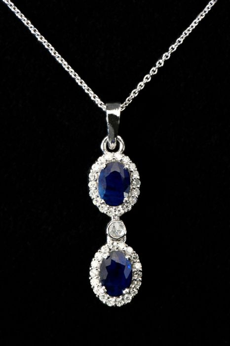18 kt gold necklace with blue sapphire pendant 2.10 ct and diamonds 0.65 ct length 50 cm. ******No reserve price******