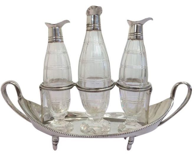 Silver plated bowl with three crystal bottles with silver plated spout / oil & vinegar / England - Around 1930
