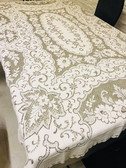 Antique perforated tablecloth 184 x 125 cm, Italy