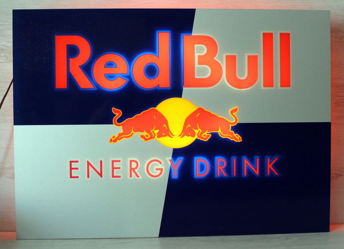 Lichtreclame - Red Bull Energy Drink - 21e eeuw