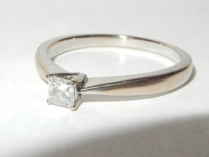 """White gold solitaire ring with diamond.  .25 ct.  """"No reserve price"""""""