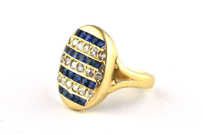 Antique ring with square cut Sapphires (tot. +/-0.75 ct) & rose cut Diamonds (tot. 0.65 ct-0.70 ct) set on 18k yellow gold