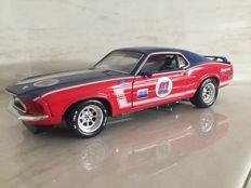 Snap-On - Scale 1/24 - 1969 Ford Mustang 302 racer - with accessories